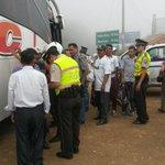 Jefa Política #Piñas y @PoliciaEcuador realizaron operativo control armas, traslado pirotecnia en vía #Piñas-#Machala http://t.co/GOMAHu1zgL