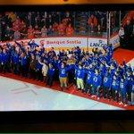 Merci @CanadiensMTL pour laccueil et lexpérience exceptionnels ! http://t.co/Ziw5XEtYCk