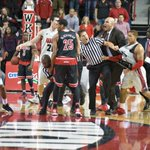 This #WKU-Louisville photo by @miraphoto_bg is awesome. So much going on. http://t.co/CagjGkJDuX
