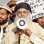 Rendering apology: Maulana Aziz bows to society's pressure http://t.co/dsrMYAzmmo #PeshawarAttack http://t.co/TD4uMZgDW3