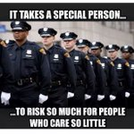Despite people who love to demonize our finest, we law abiding citizens appreciate our cops! #NYPDLivesMatter #tcot http://t.co/xS2yopgMKx