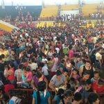 Atendimos a 5,300 niños Ucayalinos c juguetes, show navideño y chocolate/panetón. Muchas Gracias p el Apoyo! http://t.co/BYTYlk2fo1