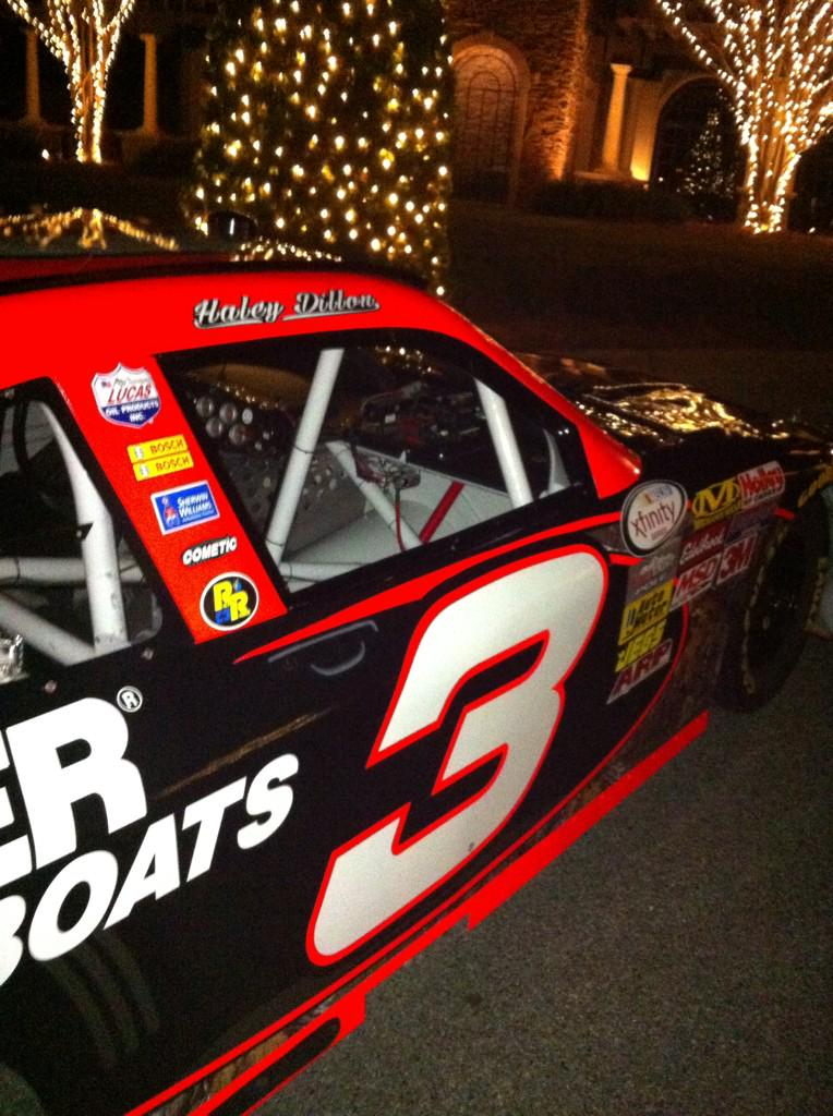 So @tydillon and @HaleyKCarey got a cool ride from the wedding reception, ck out name on roof!! U go girl http://t.co/GbQExDY9EI