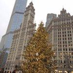 We hope everyone has had a wonderful Weekend thus far. Happy Holidays !~ #Chicago @kcreospeedwagon @DavePrazak @Cubs http://t.co/7KFzYLsbmS