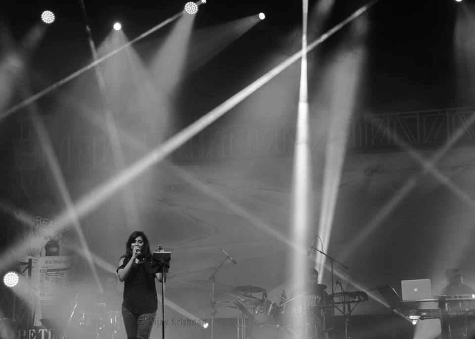 @shreyaghoshal in #Chennai Dec 20 #TOI #Concert http://t.co/TSVgdffMJk
