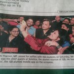 Weve truly become a Selfie Nation! Scene at Indian School of Business Hyderabad last night (via @Pallamrajumm) http://t.co/GHvqQIfmad
