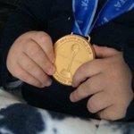 Este ha sido un gran año en todos los sentidos. A disfrutar del cuarto título con mi pequeño campeón! #sucuartotítulo http://t.co/4CwxGkBsxD