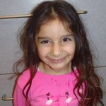 Do you recognize this girl? LAPD is searching for her guardians after she was abandoned Sat. http://t.co/XQs4l6z1H9 http://t.co/m0BGqAVCni