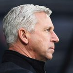 Alan Pardew becomes the first Newcastle manager to lose four straight Tyne-Wear derbies http://t.co/mRN9VTq8mB http://t.co/w7XYBQ1uS9