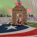 Its Home for the Holidays here at NRG Stadium! #TexansGameday #GoTexans http://t.co/L3IfgMKqAY
