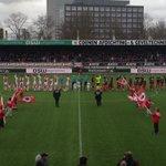 Vlak voor aanvang Excelsior-Ajax. @excelsiorrdam http://t.co/jyXfiKSEDz