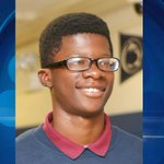 Funeral Held for 15-Year-Old Demario Bailey http://t.co/OlBNvVAWFm #chicago http://t.co/Sa55w7Db5A