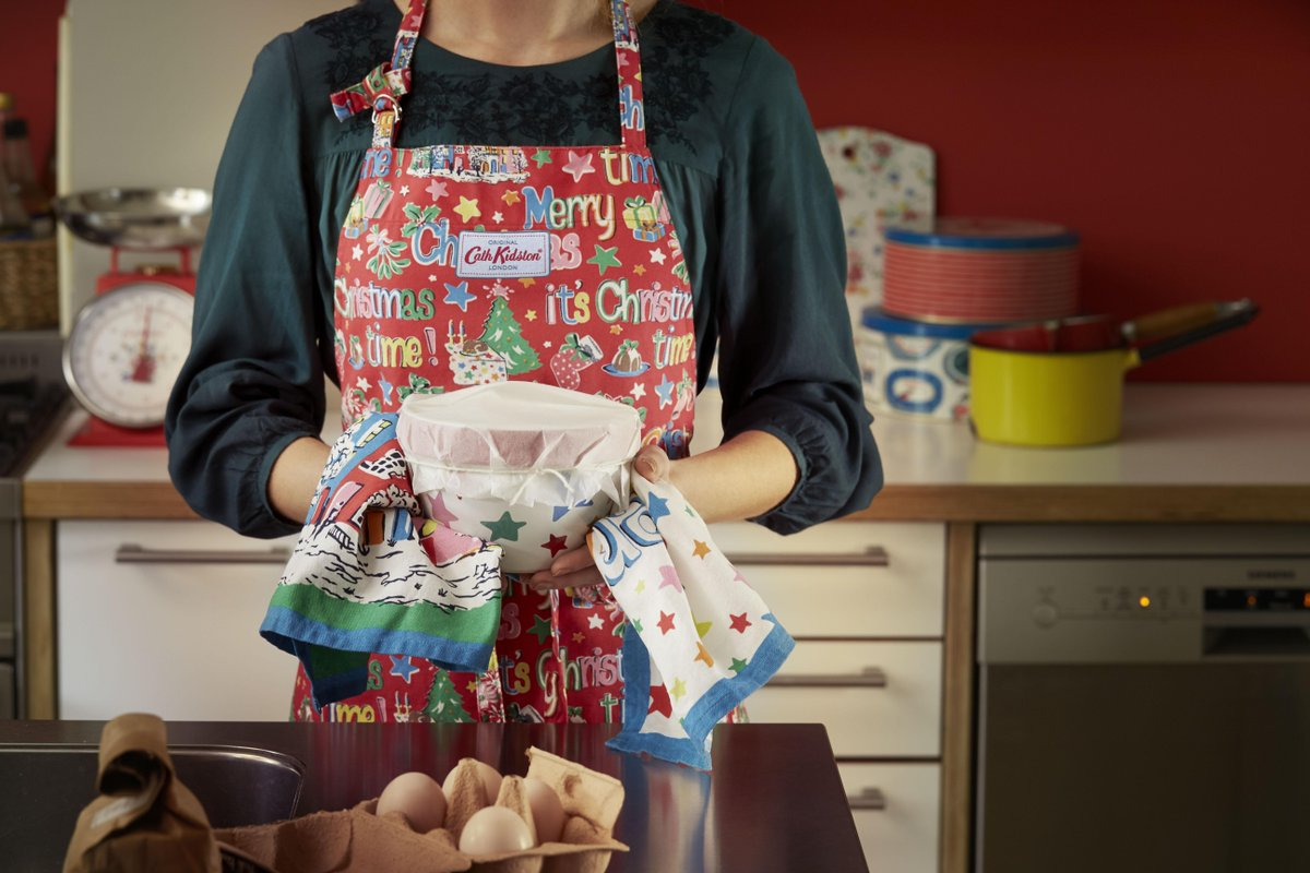 Today's prize is a fabulous gift courtesy of @Cath_Kidston. Follow us and them to enter and win! http://t.co/p9cNhMQHKb