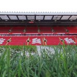 PHOTOS: The scene is set at Anfield #LFC http://t.co/1kx9P7PUK6