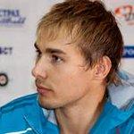 Антон Шипулин показал лучший результат в мужском масс-старте по биатлону 21 декабря http://t.co/uXuxKfLZHE http://t.co/PGBJCNdNO5