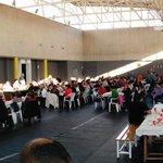 430 personas en el dinar solidari de Nadal de la @FSE_PSOE. Bon Nadal a tothom http://t.co/l8uXwOVUYD