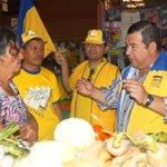 Jose Montenegro candidato alcalde de Ayutuxtepeque x @CD_ESA recorrió el mercado del municipio @elsalvadorcom http://t.co/AtGIG2VMlK