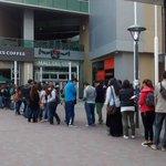#Resta1000PuntosQue sea capaz de esperar horas en una fila solo para tomarse un café y sacarle fotos. http://t.co/BIzbbK3kX7