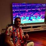 Apoyando al equipo desde casa. Forza @Atleti!!! http://t.co/yMVejDKEmN