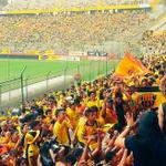 (FOTO) En el Monumental ya hay hinchas esperando para ver el partido en su estadio (via @tctelevision) http://t.co/IgSCR7HpDj