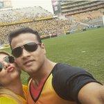 Un amor sabor amarillo: @RayoC7tc y @SofiaCaiche. ¿Cuántos RTs le regalas a esta pareja barcelonista? http://t.co/xpPO4jXUDo