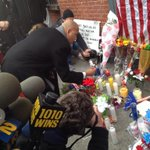 Bronx BP @rubendiazjr lights a candle at memorial for slain #nypd officers. All 5 BPs expected to speak shortly. @NY1 http://t.co/FOoWJTUBqE
