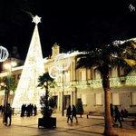 Si tienes un móvil, tienes una cámara y si tienes una cámara..lanza una foto navideña onubense en #HuelvaeNavidad http://t.co/h75JE7hODW