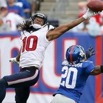 DeAndre Hopkins is ACTIVE today against the Ravens. #Texans inactives HERE: http://t.co/LJGI57grUr http://t.co/SIcu7Su2do
