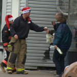 Halifax firefighters are handing out subs to homeless people on #Halifax streets today. @globalhalifax @hfxfire http://t.co/RQKmem2d7x