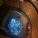 Je vous offre mes souhaits dun Noël rempli de joie, damour et de partage - arbre de Noël au Seminaire Qc http://t.co/StgVq1QCh8