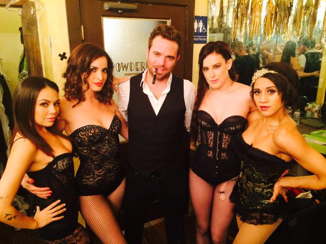 Let's do it again tonight! @FTRLive @TheRue @JanelParrish Patty and Joanna Jones! http://t.co/l8a89eum35