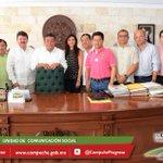 @ferortegab se reunió esta mañana con los 11 alcaldes de Campeche para trabajar en programación de acciones para 2015 http://t.co/vqk3Epftor