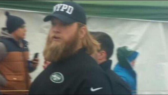 When it's about so much more than a game. Good man, @nickmangold #NYPD http://t.co/TFuOqOW6qx