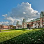 В 2004 году Правительство РФ передало музей @tsaritsyno под управление Правительства Москвы #Царицыно30 http://t.co/uqnWqIK62u