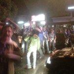 Hinchas emelecistas festejan en Cuenca el titulo de campeones @el_telegrafo http://t.co/OjEmwvGNaA