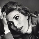 This picture of Billie Whitelaw was taken by Jane Bown. Two talents lost to us this weekend http://t.co/ihN2kbRrXV