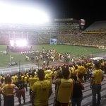 #BSC ya en su estadio, NO se celebra vicecampeonato, se aplaude por haber llegado a la final contra todo pronóstico. http://t.co/6GEfBEYDBQ
