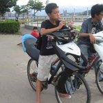【エクストリームすぎ】バイク天国・台湾の「改造バイク」 http://t.co/DvwGVSKpXW 誰も想像しなかったネクストジェネレーションぶりを発揮している。 http://t.co/pfeczslzPa