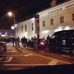 Алина Кабаева приехала попить кофе. Источник фотографии: https://t.co/KNLoDPmjzt http://t.co/ZM24ZPEUZE