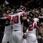 Falcons defeat Saints 30-14 to stay alive in the NFC South. Atlanta is 5-0 vs. NFC South opponents. 1-9 vs others http://t.co/lFOSktm6vN