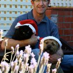I hope your summer lasts longer than these hats stayed on! Merry Christmas to you all from Buddy and Harry. http://t.co/DFiiqAiozu
