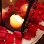 [明日開催] 小笠原伯爵邸で「聖なる薔薇の夜会」 - ジャズやカジノを楽しむ大人の社交場 - http://t.co/xJmyq4XkEL http://t.co/Q0jvL2bGtO