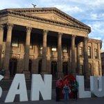 Ya nos encontramos en el Teatro de La Paz todos súmense a nuestra campaña #CorazonXSanLuis http://t.co/k6DnzkPSHK