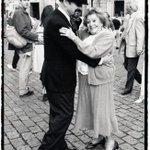 Daniel Mordzinski me envìa una foto entrañable de Horacio Ferrer con Tania en Montmartre, http://t.co/YkFmkhsYuI