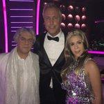 Geniales Como Andrea Bocelli y Celine Dion @jeymammon y @Laura_Esquivel en la Final de #TuCaraMeSuena ganaran? http://t.co/XVEzJlZAff