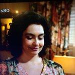 La creatividad chilena ah... La blusa de Anita con la misma tela de las cortinas de la casa #los80 http://t.co/Y1LRE24KQF