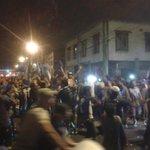 Hinchas del #Emelec celebran en las calles que #La12EsAzul: http://t.co/GiHKp5u5Ko http://t.co/FPTYA7Owze