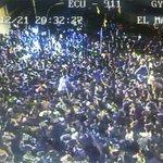 Así luce a ésta hora Urdesa Central, Av. Víctor Emilio Estrada y Las Monjas.Hinchada de #Emelec festeja http://t.co/tNyCCqL56K