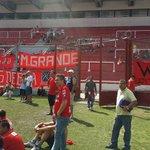 La barra de Independiente despidió el año con un picado en el Libertadores de América que le prestó Hugo Moyano. http://t.co/tS9Dns5T2Y