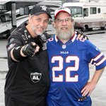 Two Super Fans, 586 straight games, home AND road: http://t.co/UKhh9bNwfc http://t.co/N4Hxt1xFl4